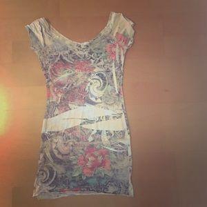 Gorgeous long tight t-shirt