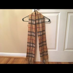 Roundtree & Yorke Accessories - Roundtree & Yorke Scarf