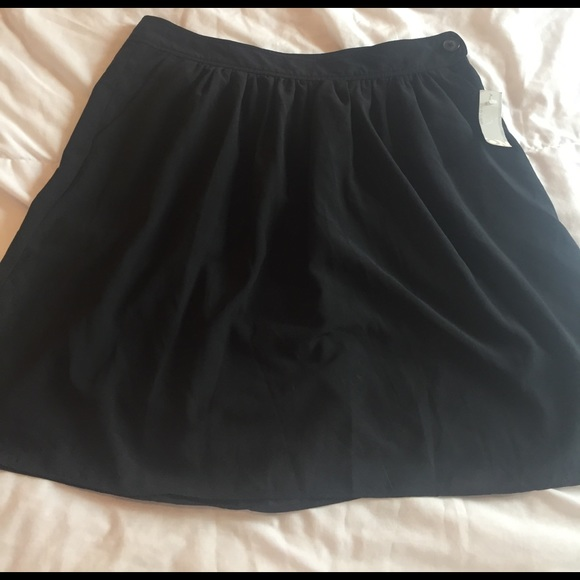 Old Navy Skirts - NWT black old navy skirt size 6