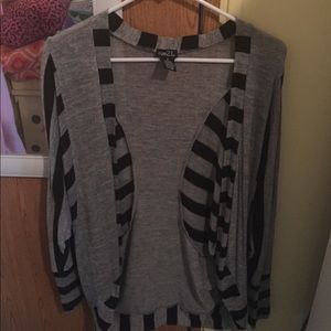 Rue 21 Women's Size Small Cardigan Sweater