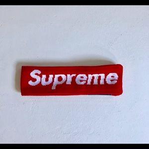 Supreme Other - RED SUPREME X NEW ERA HEADBAND