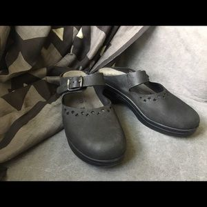 Mephisto Shoes - Mephisto Mary Jane Mule Clogs