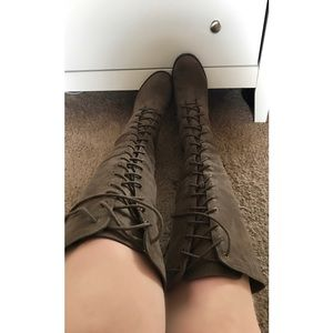 ShoeDazzle Shoes - 🌟 SALE 🌟 Reese Knee High Boots