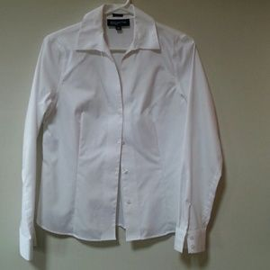 Wrinkle free tailored white blouse NWOT.