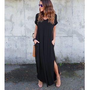 Haute Ellie Dresses & Skirts - Traveler Slit Side Pocket Maxi Dress-Black