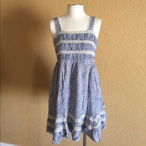 Dresses & Skirts - Forever21 min floral romance zip back dress