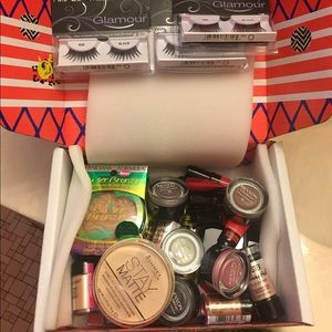 Bnwt Drugstore Makeup Bundle