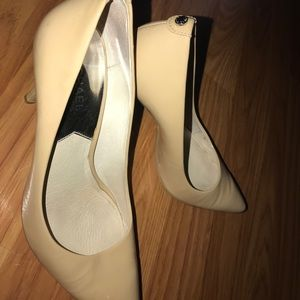MK Nude Heels 👠