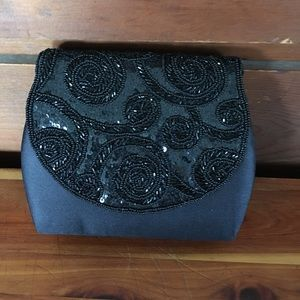 Vintage beaded black evening bag.