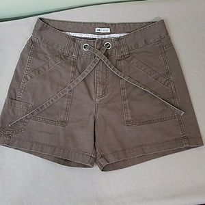 Lee Pants - Lee lower on the waist brown shorts