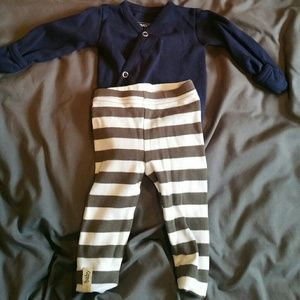 L'ovedbaby Other - L'ovedbaby Newborn Outfit