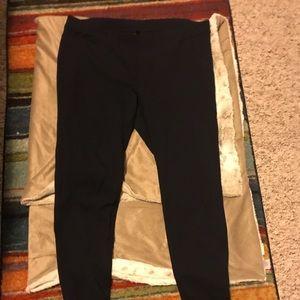 HUE Pants - Hue Navy Pant Leggings