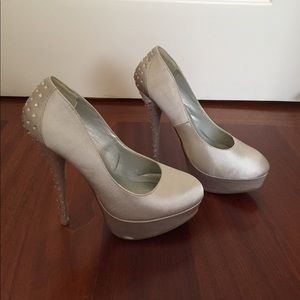 Cathy Jean Shoes - Silver pumps