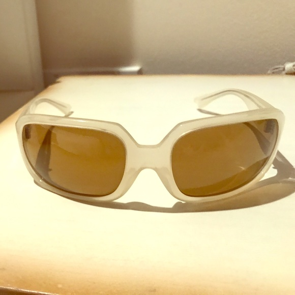 80b4bcbac9bed Accessories - Blinde brand sunglasses! Bagel style.