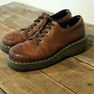 Dr. Martens Shoes - Dr. Martin Zoe Oxford 8651
