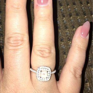 Kay Jewelers Jewelry - GORGEOUS Morganite Topaz 10K Rose Gold ring