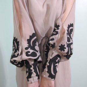 Mustard Seed Dresses & Skirts - Mustard seed split sleeve dress sz M