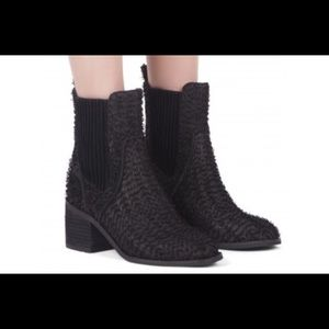 Jeffrey Campbell Hunter Fuzzy Chelsea Boots!