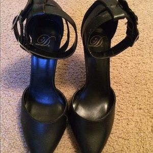10.Deep Shoes - Sexy high heels