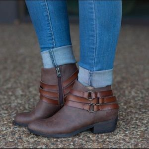 Blowfish Shoes - O-Ring Detail Ankle Bootie in Whiskey Brown