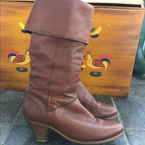 "Frye Shoes - Vtg Frye Leather Folded 2"" heeled Boots sz W 7 1/2"