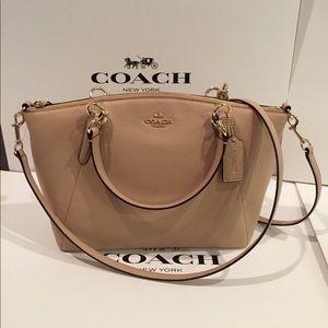 Coach Handbags - 🏝🌺Coach Pebble Kelsey Small leather🌺