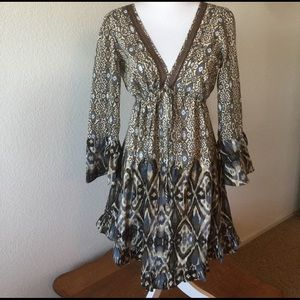Sanctuary Dresses & Skirts - Gray and brown dress.