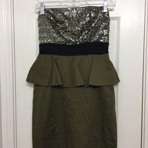 Alice Olivia peplum sequined dress sz 4