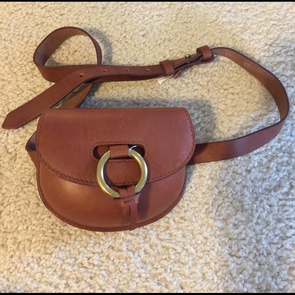 b2aad9b1aff5 Madewell Handbags - Madewell Lisbon o ring leather belt bag new