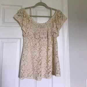 Buckle Tops - Gorgeous lace off the shoulder top from Buckle