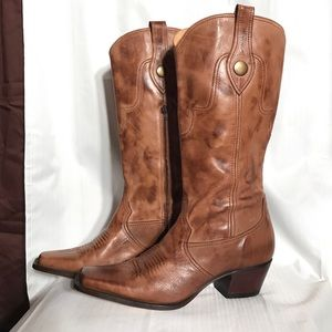 Lucchese Shoes - Charlie 1 Horse boots Lucchese. Size 10B