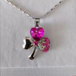 Jewelry - Austrian pink Crystal 3 leaf clover necklace NEW