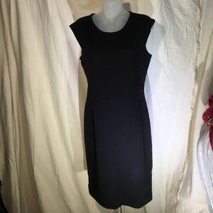 Carmen Marc Valvo Dresses & Skirts - Carmen Marc valvo Black Lace Back dress