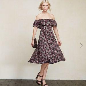 Reformation Dresses & Skirts - Reformation Portofino off-shoulder ruffle dress