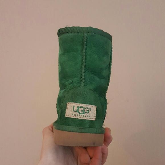 green toddler uggs