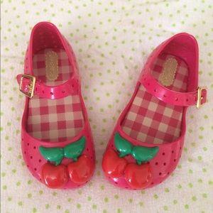 Mini Melissa Other - Mini Melissa shoes 🍒