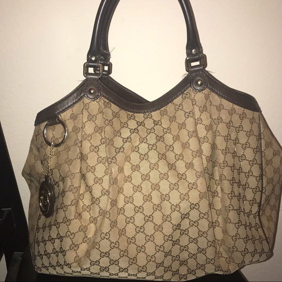 532ce4be72b3 Gucci Handbags - GUCCI Monogram Large Sukey Tote. Good condition.