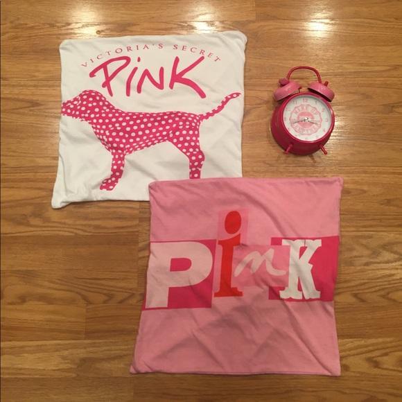 c827c3f994d Victoria s Secret Pink bedroom accessories. M 58e67fac2ba50a9fc900f29d