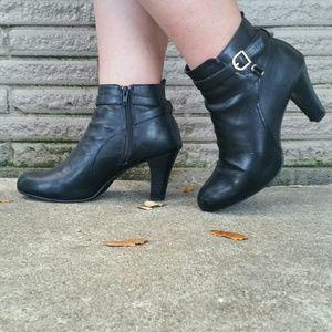 Merona Shoes - ♥Merona Kailey Ankle Boots♥