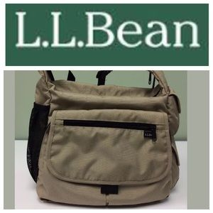l l bean l l bean tote 20 x 13 from melissa 39 s closet on poshmark. Black Bedroom Furniture Sets. Home Design Ideas
