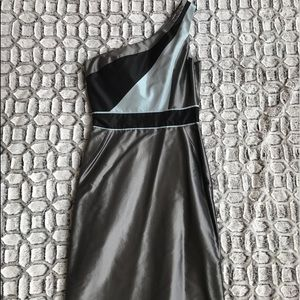 abaete Dresses & Skirts - Abaete One Shoulder Silver & Gray Silk Dress Sz 4