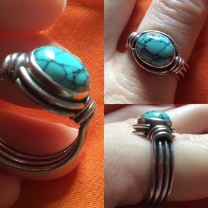 Real Silver & Turquoise Crackle Stone Oval Ring