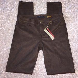 Anthropologie Pants - NWT Level 99 Liza Skinny Pant