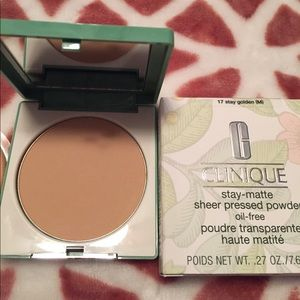 Clinique Other - Sale! New inbox!Clinique Stay Matte Pressed Powder