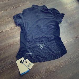 Pearl Izumi Tops - ✨PRICE CUT!!✨ Pearl Izumi exercise shirt