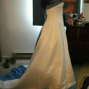 Dresses & Skirts - White and Blue Wedding Gown Strapless Size 6. NWT