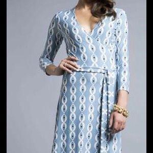Leota Dresses & Skirts - Leota Perfect Wrap Dress Birds and the Bees