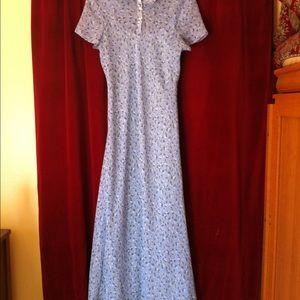 Dresses & Skirts - Cornflower blue floral dress