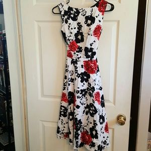 Dresses & Skirts - Black and red rose dress
