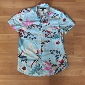 Forever 21 Other - NWT Forever 21 Floral Short Sleeve Shirt Sz S